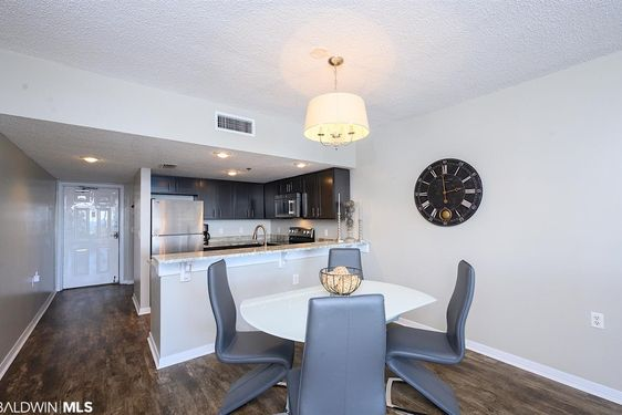 1003 W Beach Blvd #603 - Photo 4