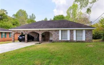 504 VALLEY ROAD CHICKASAW, AL 36611 - Image 1