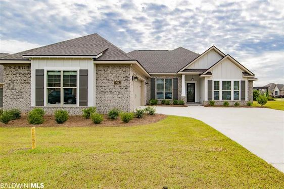 12264 Lone Eagle Dr Spanish Fort, AL 36527