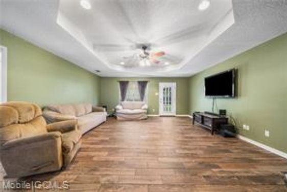 8941 GREEN VALLEY DRIVE - Photo 2