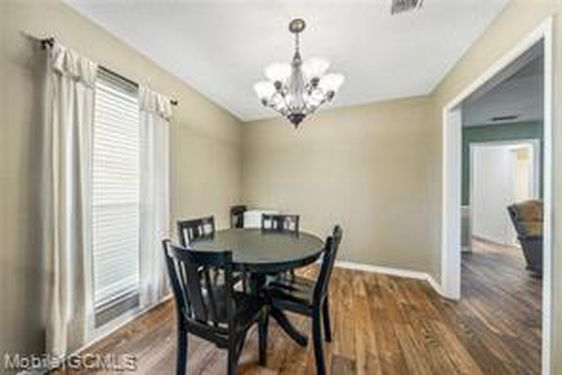 8941 GREEN VALLEY DRIVE - Photo 4