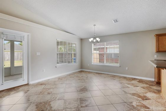 3666 Walther Dr - Photo 3