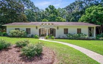 504 EVERGREEN STREET FAIRHOPE, AL 36532 - Image 1