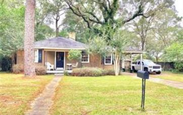359 PINEVIEW LANE MOBILE, AL 36608 - Image 1