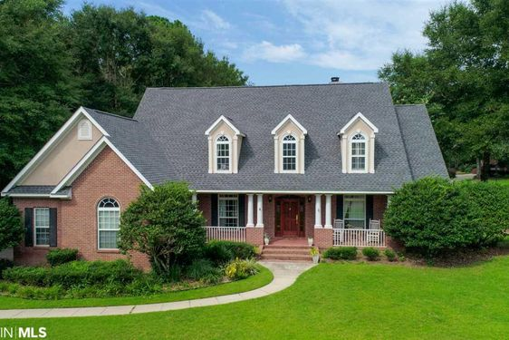 102 Pebble Court Fairhope, AL 36532