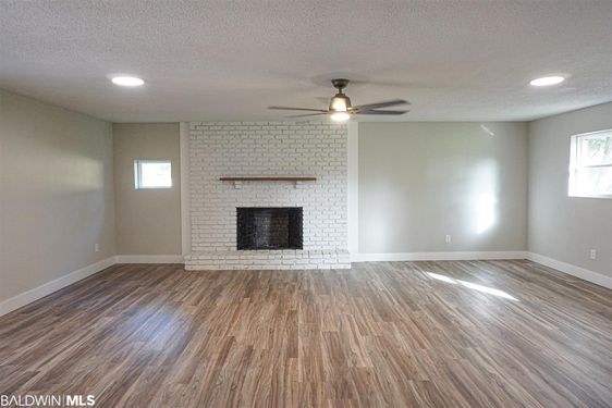 5541 Dogwood Trail - Photo 2