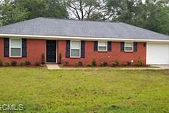 5524 GREENLEAF ROAD MOBILE, AL 36693