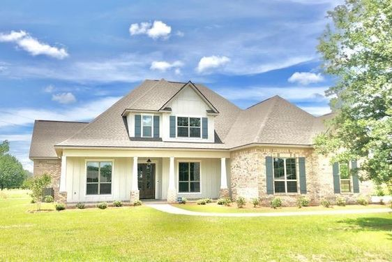 33015 Walden Lane Spanish Fort, AL 36527