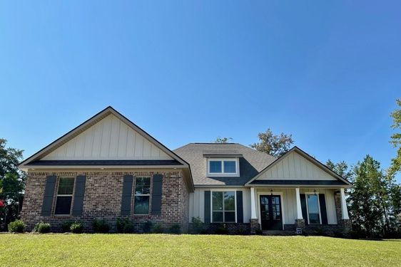 27585 French Settlement Drive Daphne, AL 36526