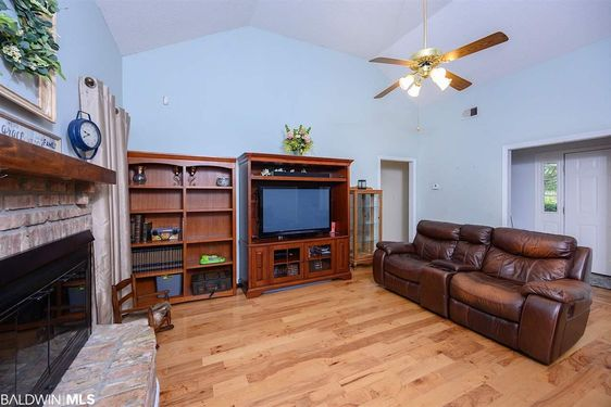 8611 Brook Lane - Photo 3