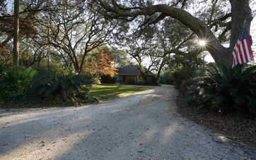 9583 Soldier Creek Rd Lillian, AL 36549 - Image 1