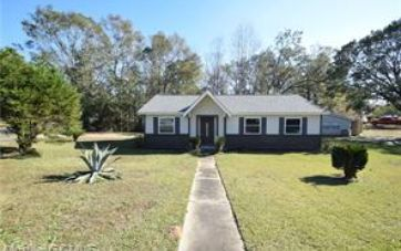1660 PRINCESS HELEN ROAD MOBILE, AL 36618 - Image 1
