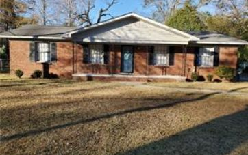 208 VALLEY ROAD CHICKASAW, AL 36611 - Image 1