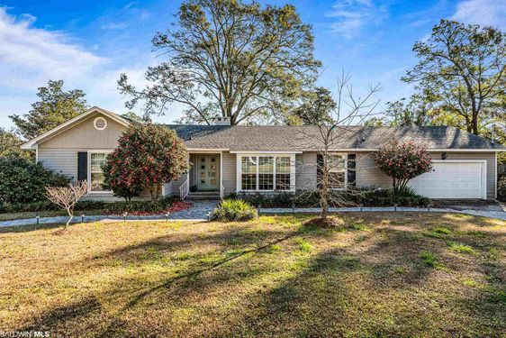200 S Mcgregor Avenue Mobile, AL 36608