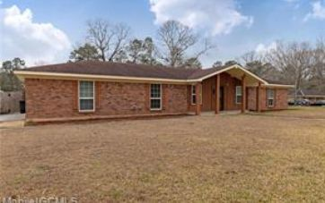 2215 HICKORY VALLEY COURT SEMMES, AL 36575 - Image 1