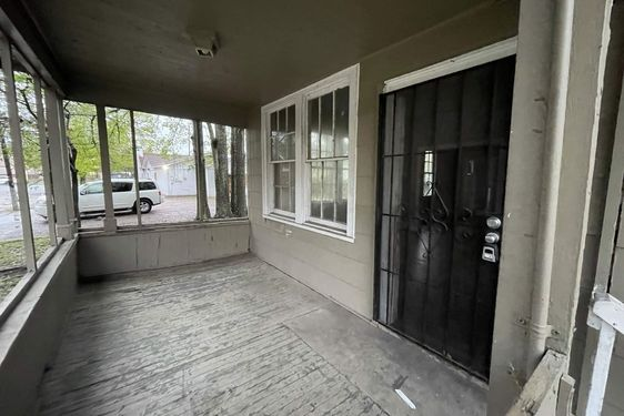 130 Bush Avenue - Photo 3
