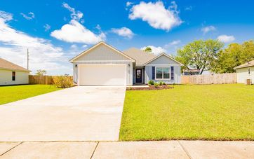 262 Lakefront Circle Summerdale, AL 36580 - Image 1