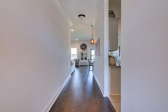 11645 Burbank Ct - Photo 3