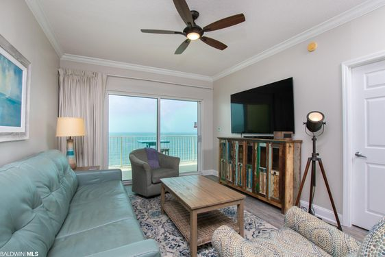 921 W Beach Blvd #1302 - Photo 4