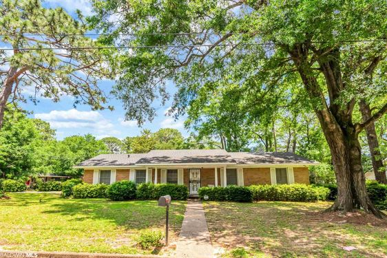 5604 William and Mary St Mobile, AL 36608