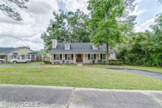 5501 OUTLEY DRIVE - Photo 2