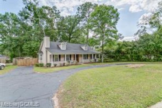 5501 OUTLEY DRIVE - Photo 4