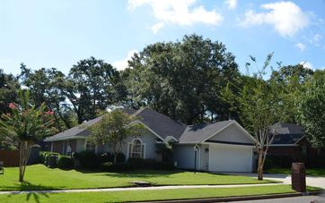 585 Lakeview Woods Drive Mobile, AL 36695 - Image 1